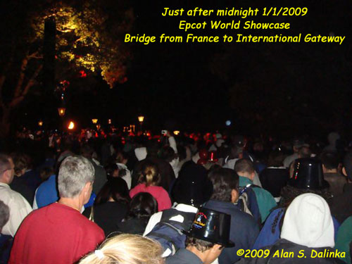 The Epcot crowd just after Midnight